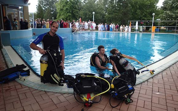 kerasub divers, bukfurdo, diving, demo, trydive, discovery